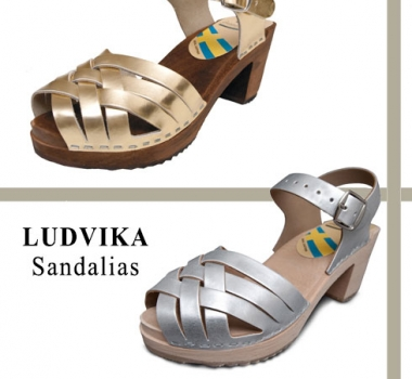 Metallic Mood in Gunnel's Zuecos wooden Sandals